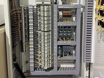 Thiết bị phân phối điện
